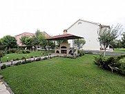 House, Yerevan, Vahakni