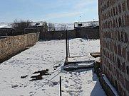 Առանձնատուն, Հրազդան