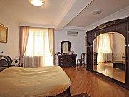 Տրիպլեքս, 7 սենյականոց, Երևան, Փոքր Կենտրոն
