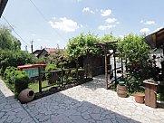 Ունիվերսալ տարածք, Երևան-Սևան մայրուղի